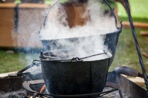 Can You Boil Water in Cast Iron?