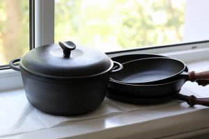 Where to Store Cast Iron Pans